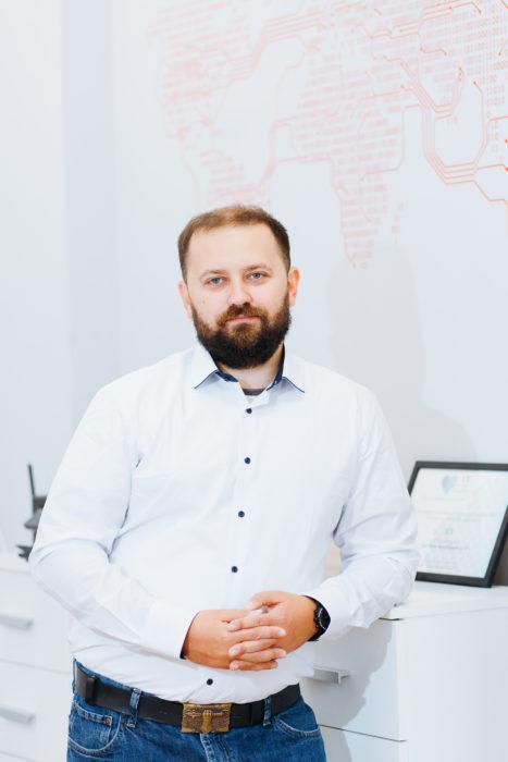 Владимир Довганик